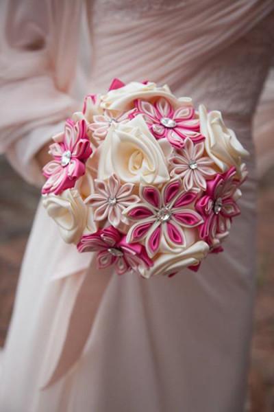 Bouquet tessuto seta fiori rosa