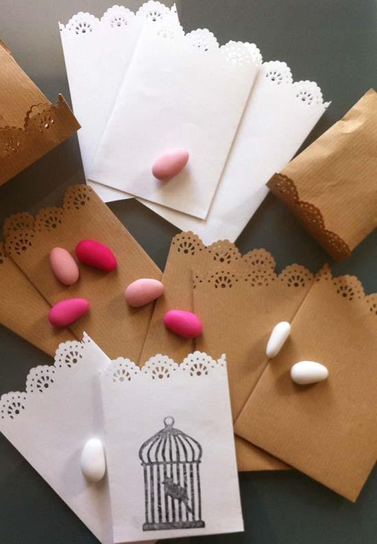 Sacchetti confettata personalizzati con merletto e stampa