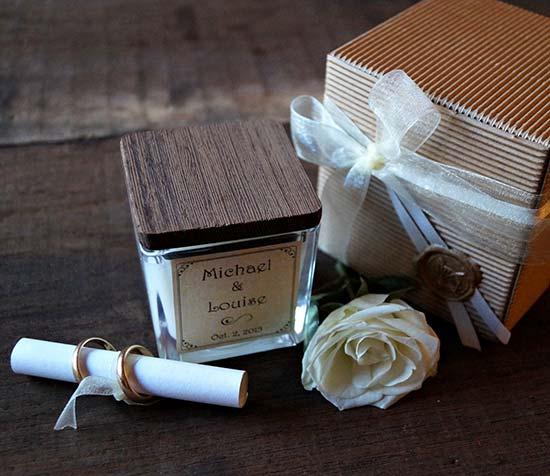 bomboniere con candele personalizzate matrimonio