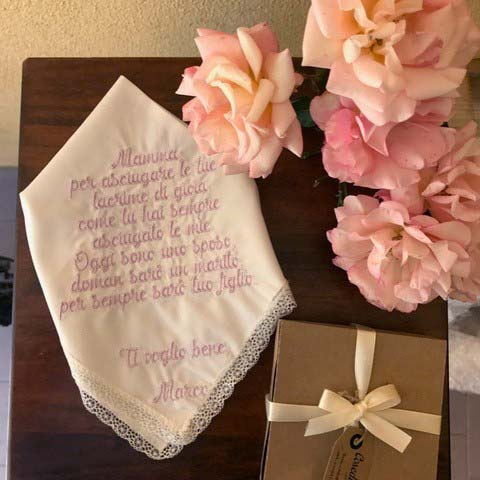 fazzoletti ricamati personalizzati regalo mamma sposo