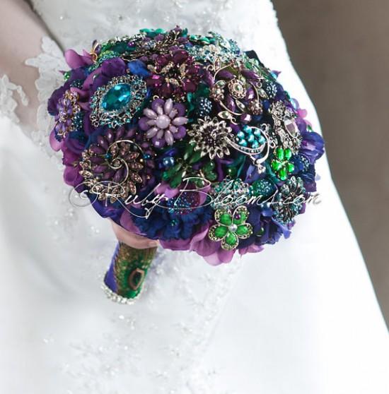 Bouquet gioiello viola e verde