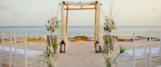 Matrimonio Simbolico In Spiaggia : Il matrimonio simbolico cos è e come funziona