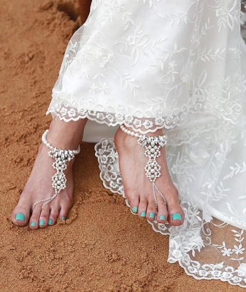 Accessori piedi spiaggia per matrimonio con cristalli e perle