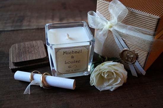 Bomboniera utile matrimonio candela personalizzata
