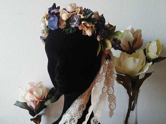 Corona di fiori vintage per matrimonio boho-chic