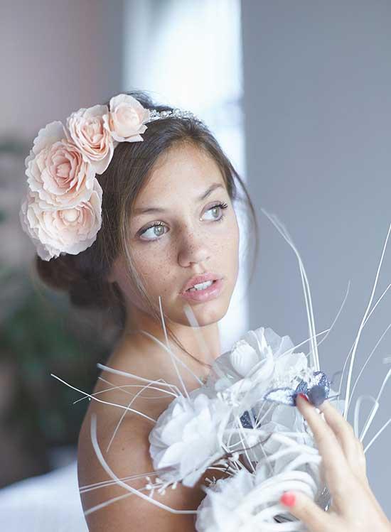 Corona sposa con fiori rosa