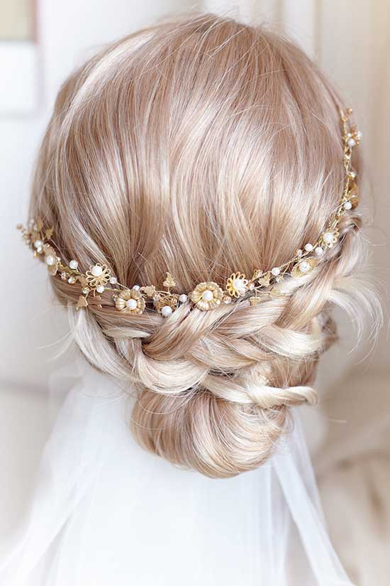 Tiara da sposa in oro con perle