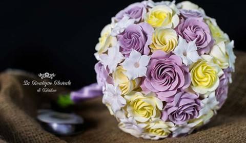 Bouquet sposa lillà giallo con rose stefanotis gelsomino madagascar