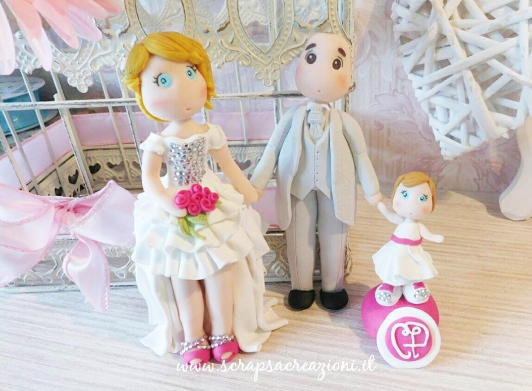 sposini torta nuziale personalizzati figli famiglia