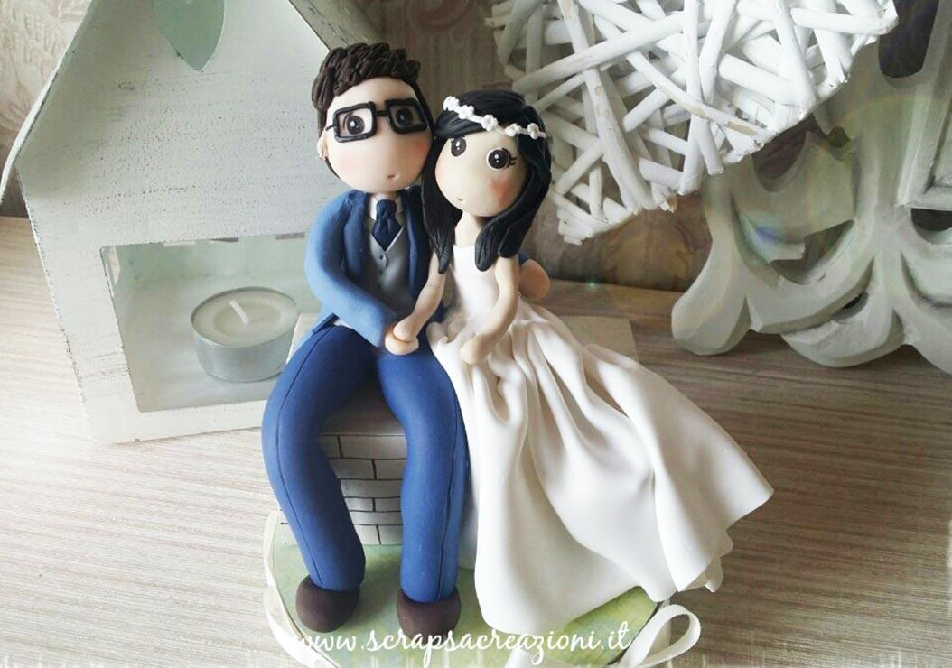 sposini torta nuziale personalizzati dolci romantici