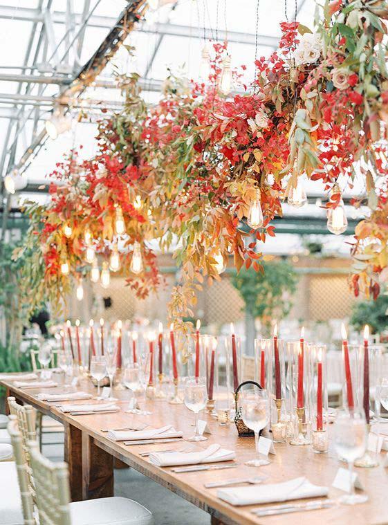 allestimenti matrimonio autunnale con foglie e fiori