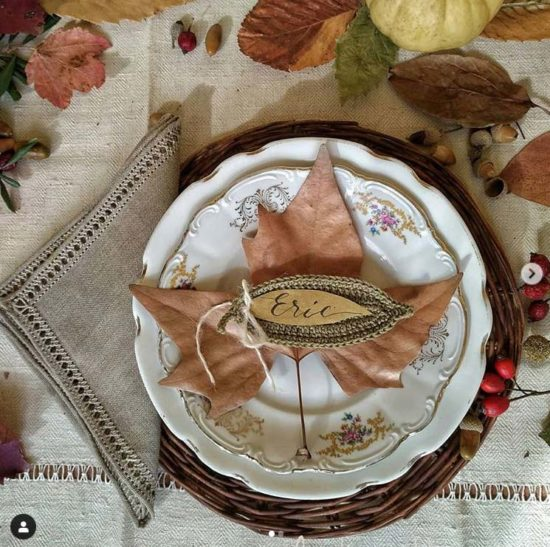 table setting matrimonio autunnale foglie