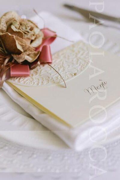 segnaposto matrimonio inverno fiore oro